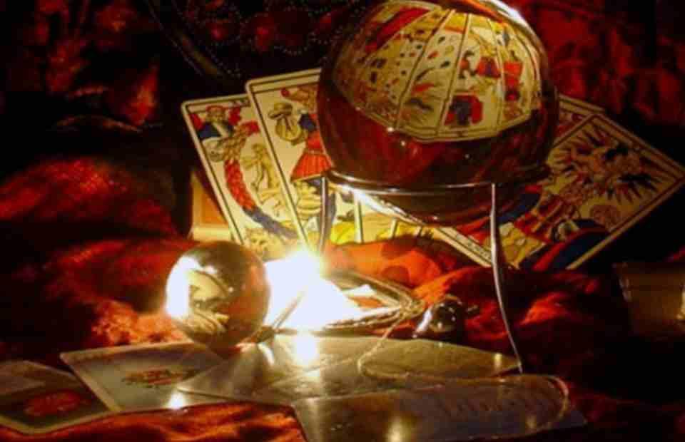 Interactive tarot